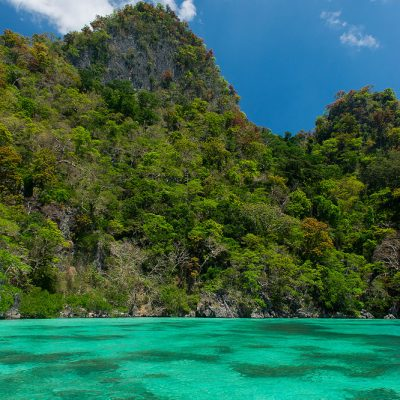 Stunning clear water of the Phillipines